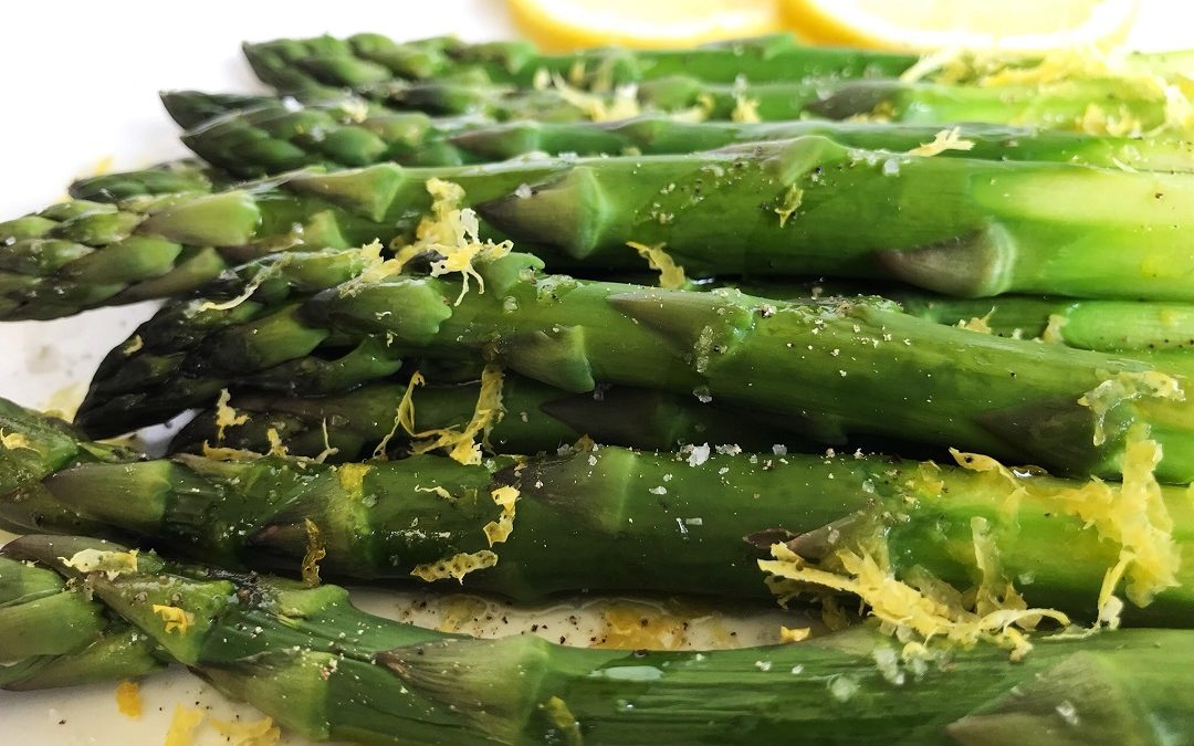 Steamed Asparagus: Microwave Method
