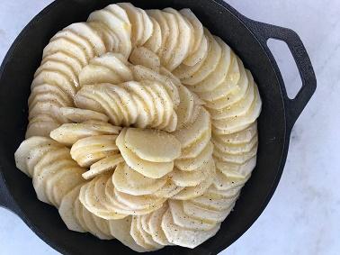 Pommes Anna - Step 5 | Sister Spice