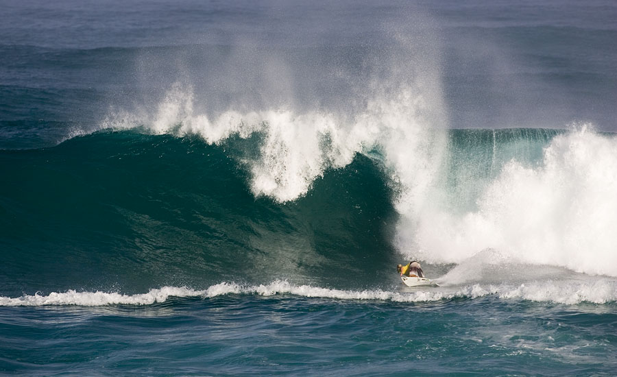 281fea82b1 SURF NEWS Dusty Payne continued his assault on Sunset today and now is in  prime position