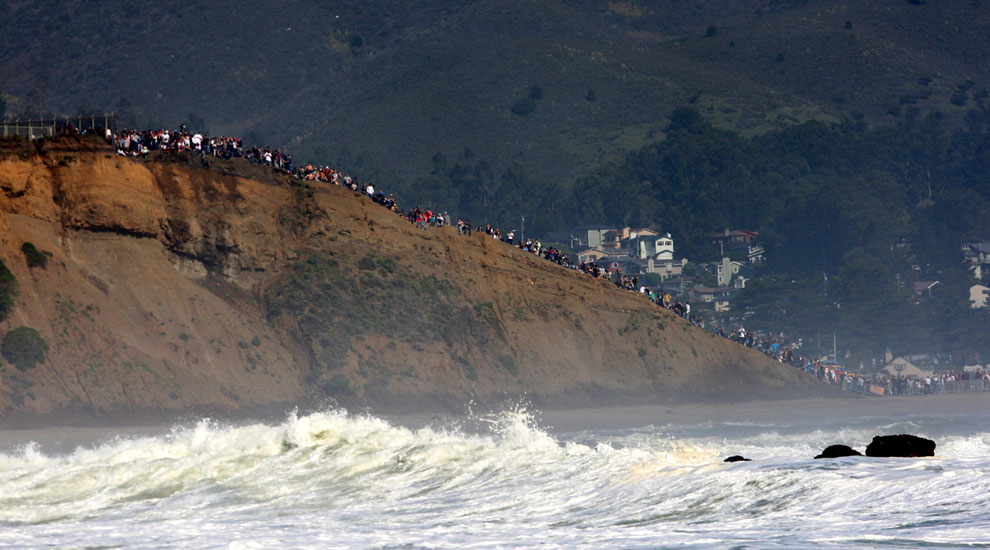 Maverick's surf contest 2010, fotos por Surfline