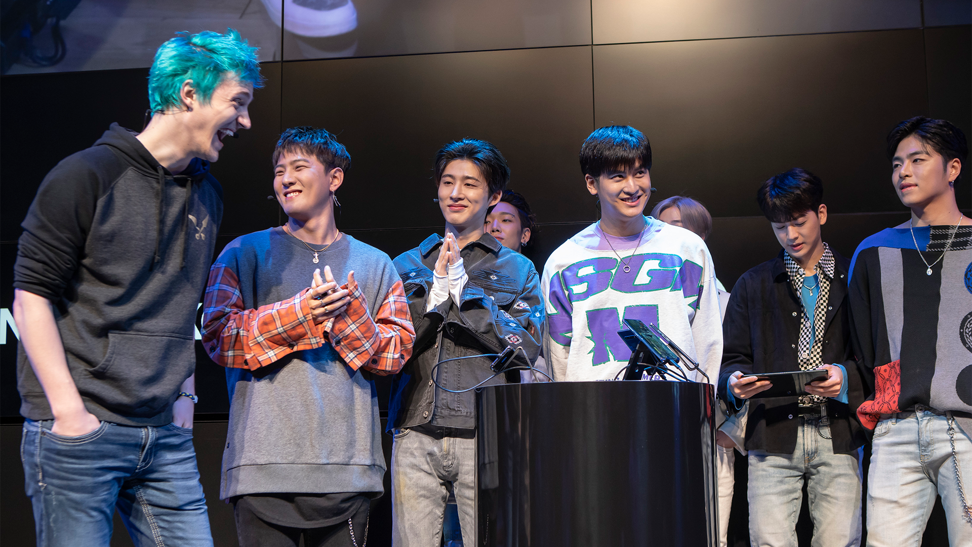 Samsung presents Level Up with Ninja and iKON - Super League