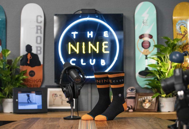 Nine club logo sign