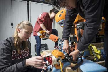 Students test robot's mechanical features