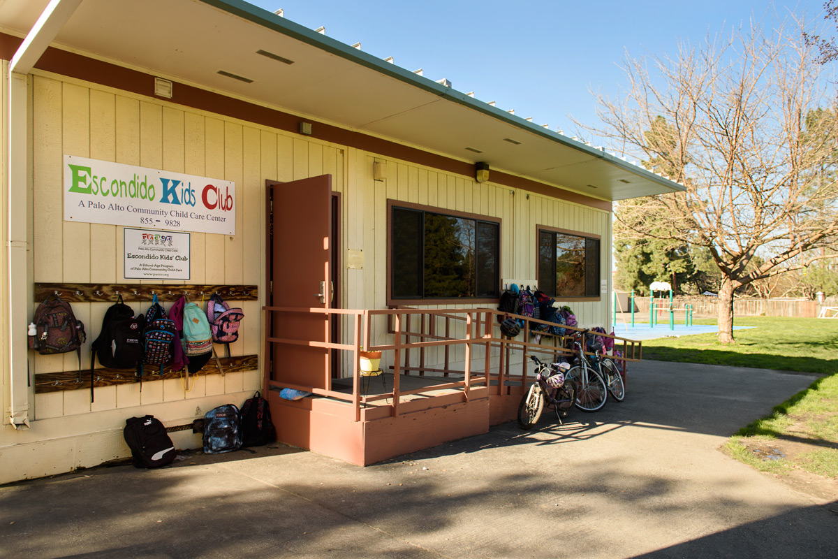 Existing Palo Alto Community Child Care modular building for after-school program at Escondido Elementary School.