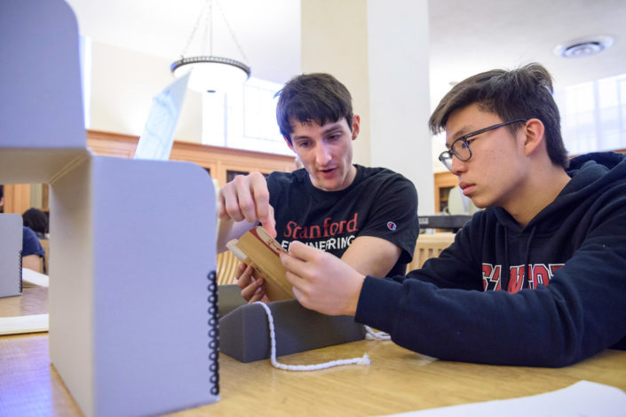 Engineering major John Chuter and freshman Berber Jin