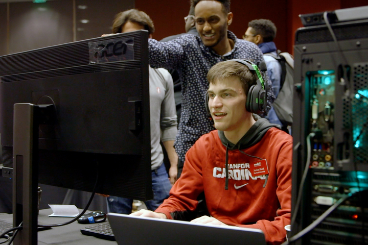 Gamer's dream: Stanford students learn to make video games