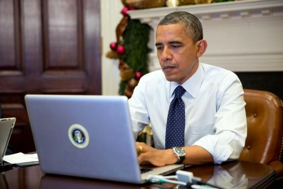 Barack Obama on computer