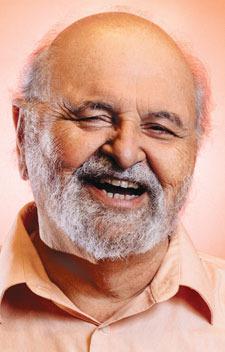 Headshot of Carmelo Cogliandro, Stanford barber