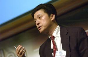Photo of Shoucheng Zhang speaking