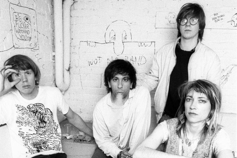 Sonic Youth in 1986 / Photo by Frans Schellekens/Redferns