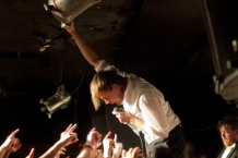 The Hives' Howlin' Pelle Almqvist / Photo by Greg Chow
