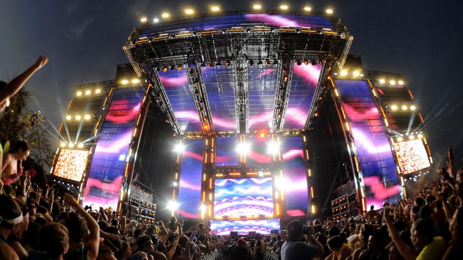 Ultra Music Festival 2012 / Tim Mosenfelder/Getty Images