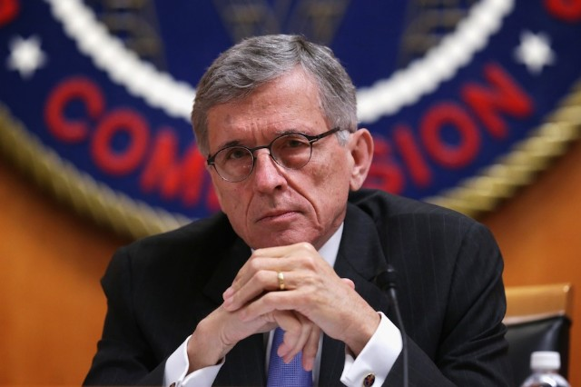 FCC, net neutrality, open internet, fast lane, slow lane, Tom Wheeler, vote, proposal, advances, goes forward
