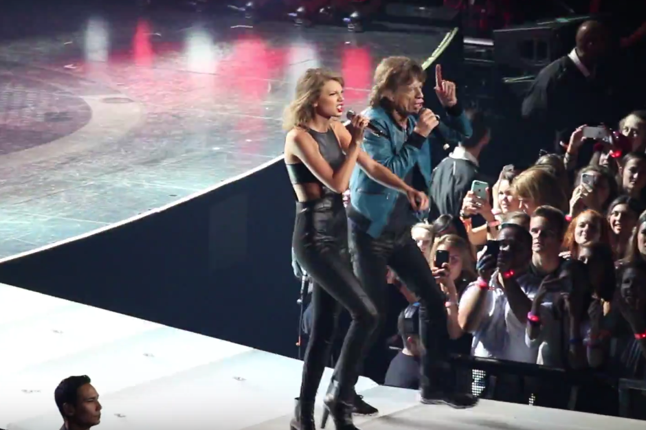 Taylor Swift Enlisted Mick Jagger For A Performance Of The Rolling Stones I Can T Get No Satisfaction Spin