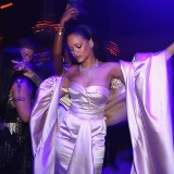 Rihanna Was Making 'Tropical House' Before Justin Bieber — It's Called Dancehall