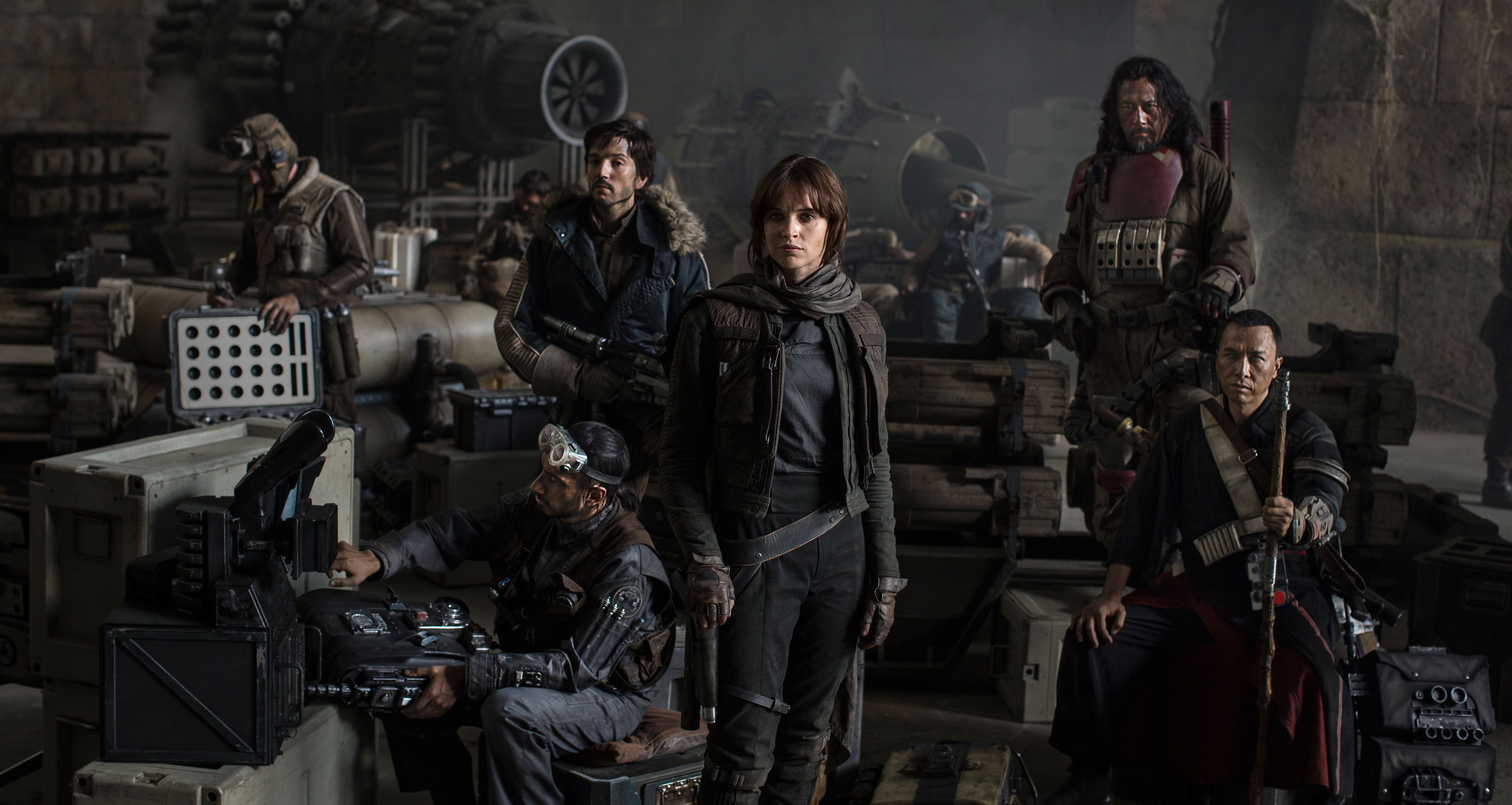 "Why <em>Rogue One</em> Gets the ""Dark Reboot"" Right"