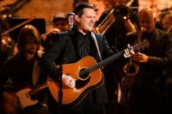 """Grammys 2017: Watch Sturgill Simpson Perform """"All Around You"""" With the Dap-Kings"""