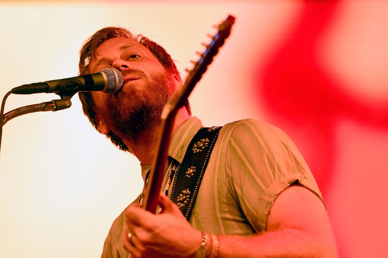 dan-auerbach-waiting-on-a-song-world-cafe-session-stream-1496675952