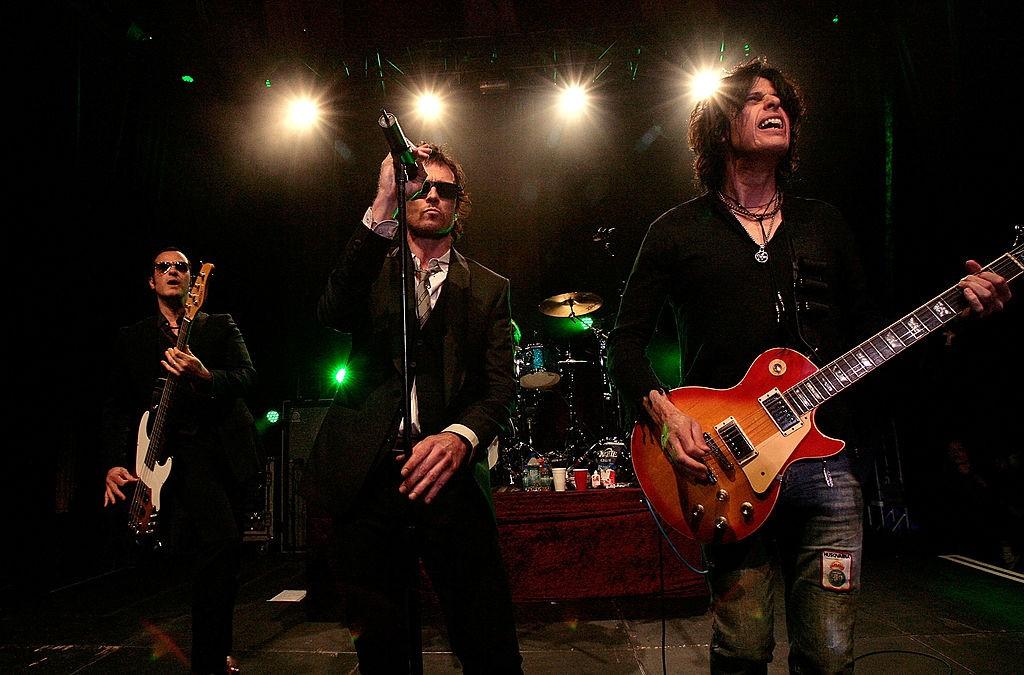 Stone Temple Pilots Tour Announcement & Performance