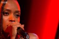 "Watch Kelela Perform ""LMK"" on <i>Jools Holland</i>"
