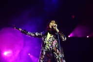 "Yeah Yeah Yeahs – ""Thirteen"" (Big Star Cover)"