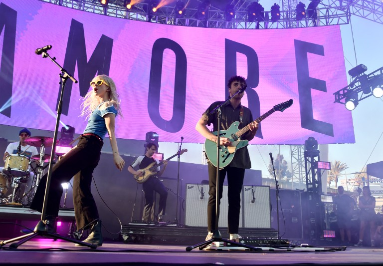 """Paramore perform """"Rose Colored Boy"""" on Late Show with Stephen Colbert"""