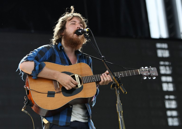 fleet-foxes-release-two-alternate-versions-of-crack-up-songs