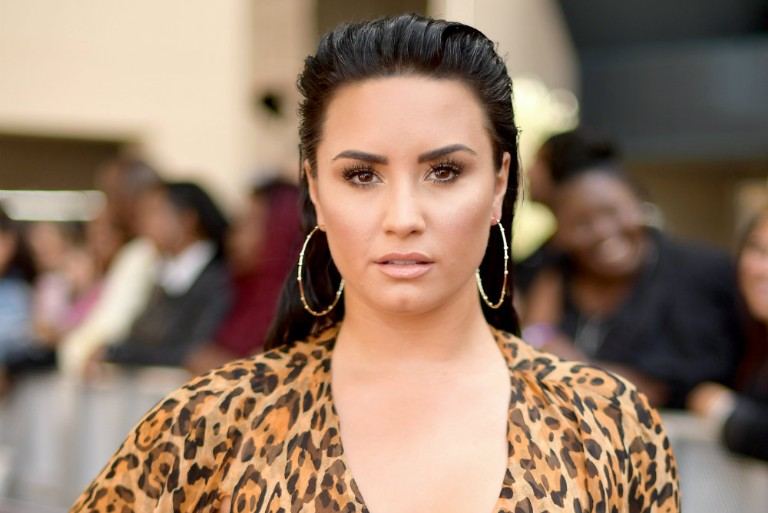 Demi Lovato Cancels Tour, Enters Rehab