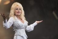 """Sia & Dolly Parton – """"Here I Am"""""""