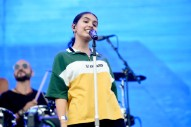 Alessia Cara Unveils <i>The Pains of Growing</i> Album Art, Tracklist
