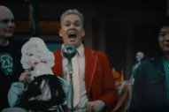 """The Video for Smashing Pumpkins' """"Silvery Sometimes (Ghosts)"""" Features Mark McGrath: Watch"""