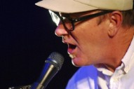 "Lambchop Announce Upcoming Album With New Single ""The December-ish You"""