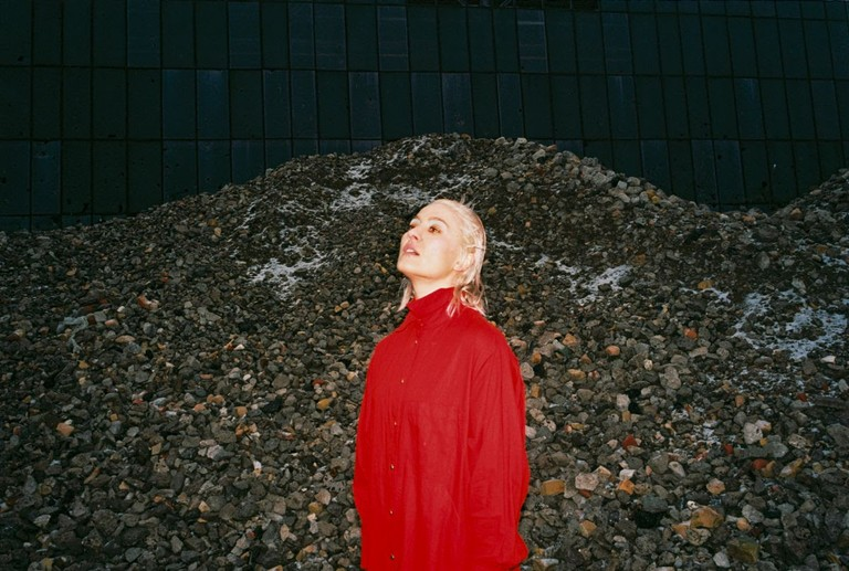 Cate Le Bon Rewards New Album Daylight Matters