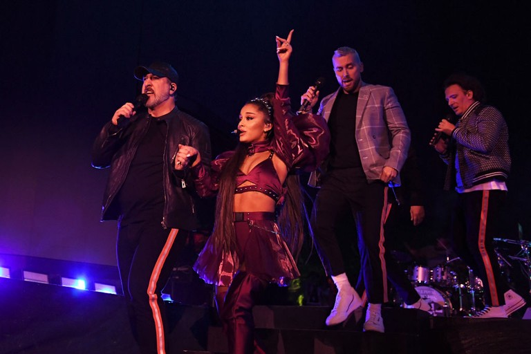 Ariana Grande Coachella Performance Watch