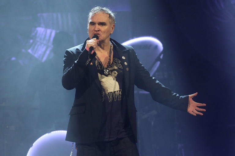 morrissey-plays-the-smiths-i-wont-share-you-live-for-the-first-time-watch