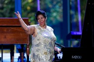 Aretha Franklin's Missing Wills Discovered in Couch, Locked Cabinet