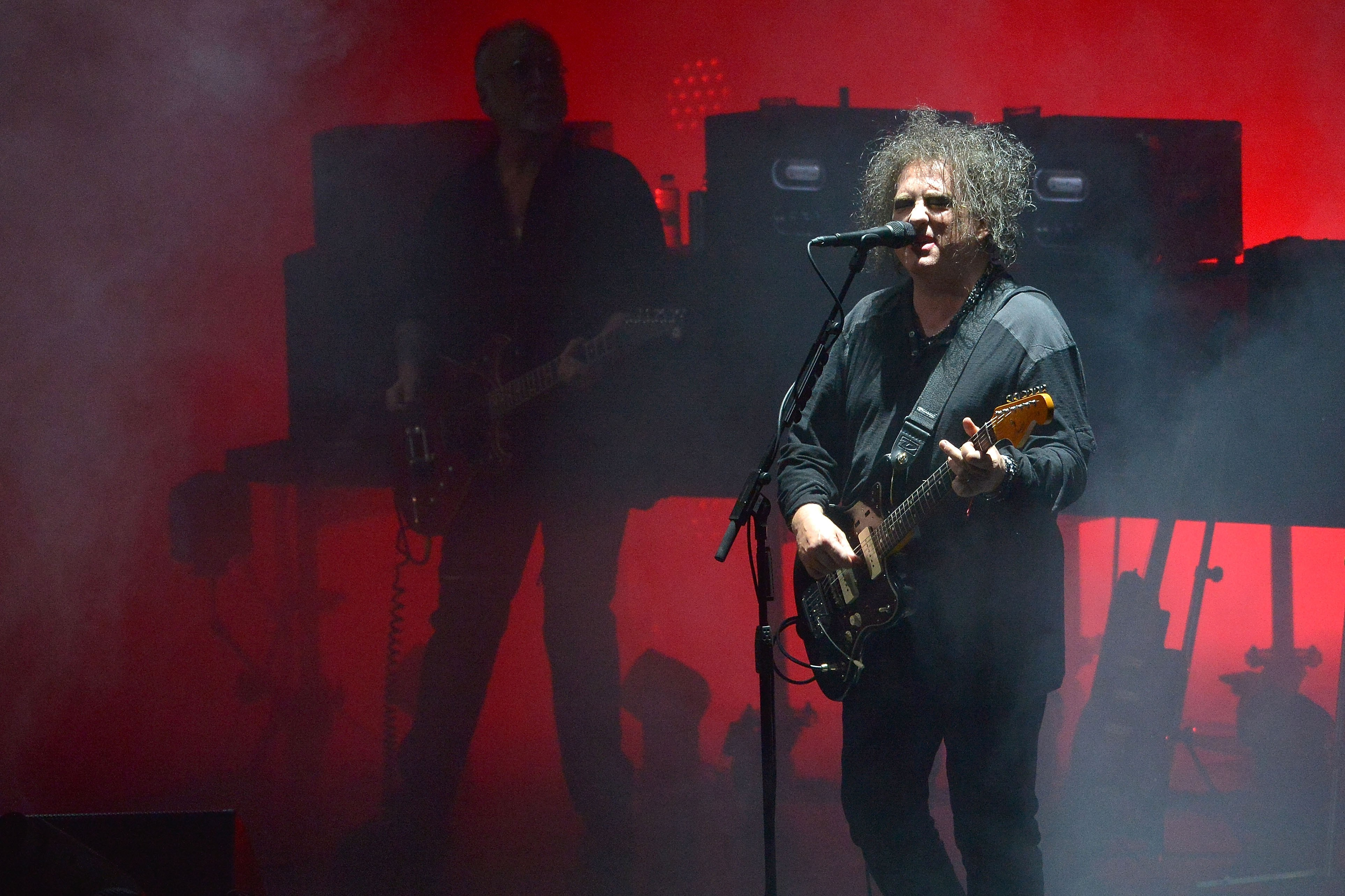 the-cure-play-disintegration-b-sides-live-for-the-first-time-watch