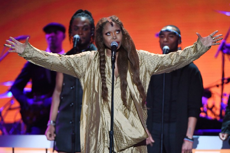 "Erykah Badu Covers ""Tempted"" by Squeeze"