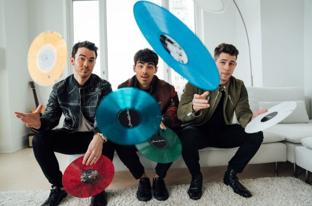 jonas-brothers-vinyl-subscription-service