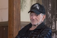 "Willie Nelson Cancels Tour Citing ""Breathing Problem"""