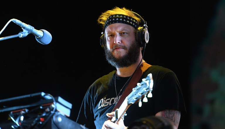 bon-iver-plays-ii-songs-live-for-the-first-time-in-montana