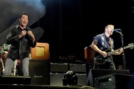 """Watch the Black Keys Bring Out Wayne Newton to Perform """"Lonely Boy"""" at Vegas Fest"""