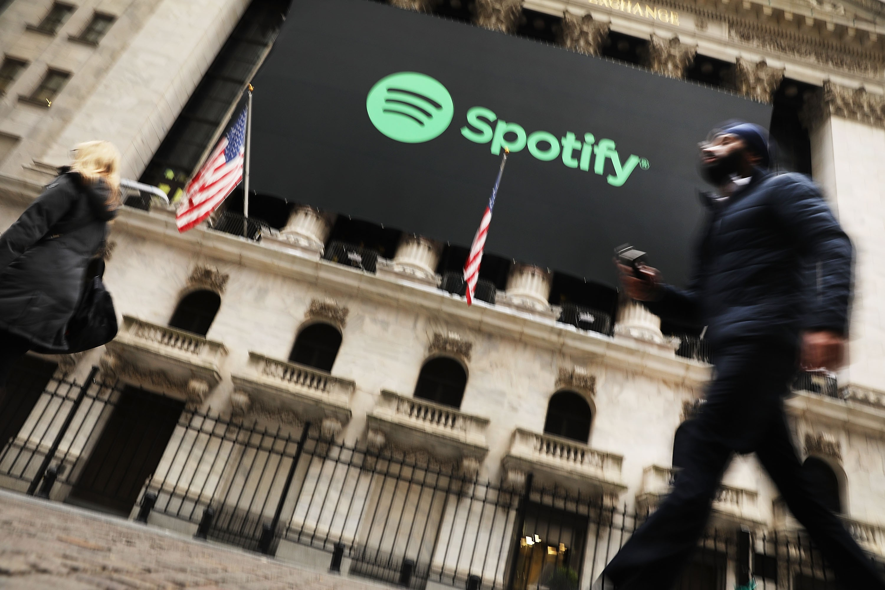 music-streaming-80-percent-of-music-industry-overall-revenue