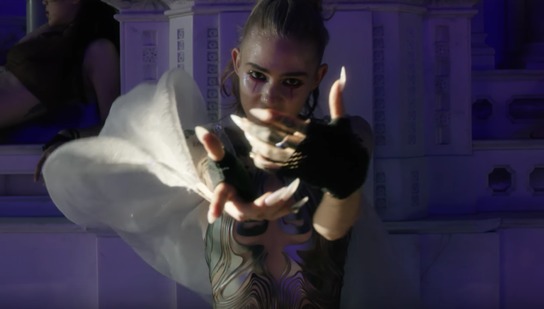 Grimes i_o Violence Video Watch