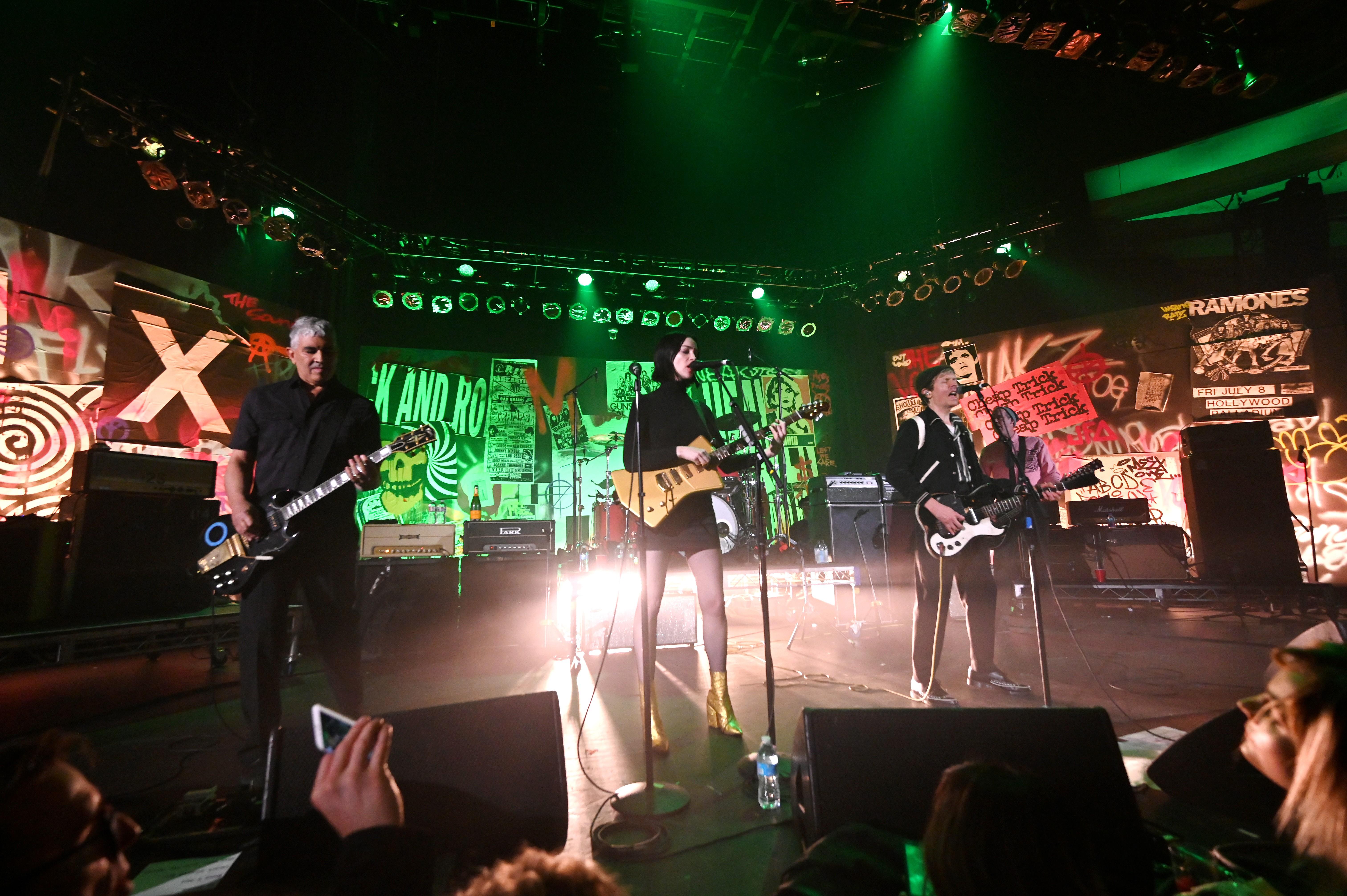 Dave Grohl, Pat Smear, Krist Novoselic, St. Vincent, Beck Nirvana Reunion