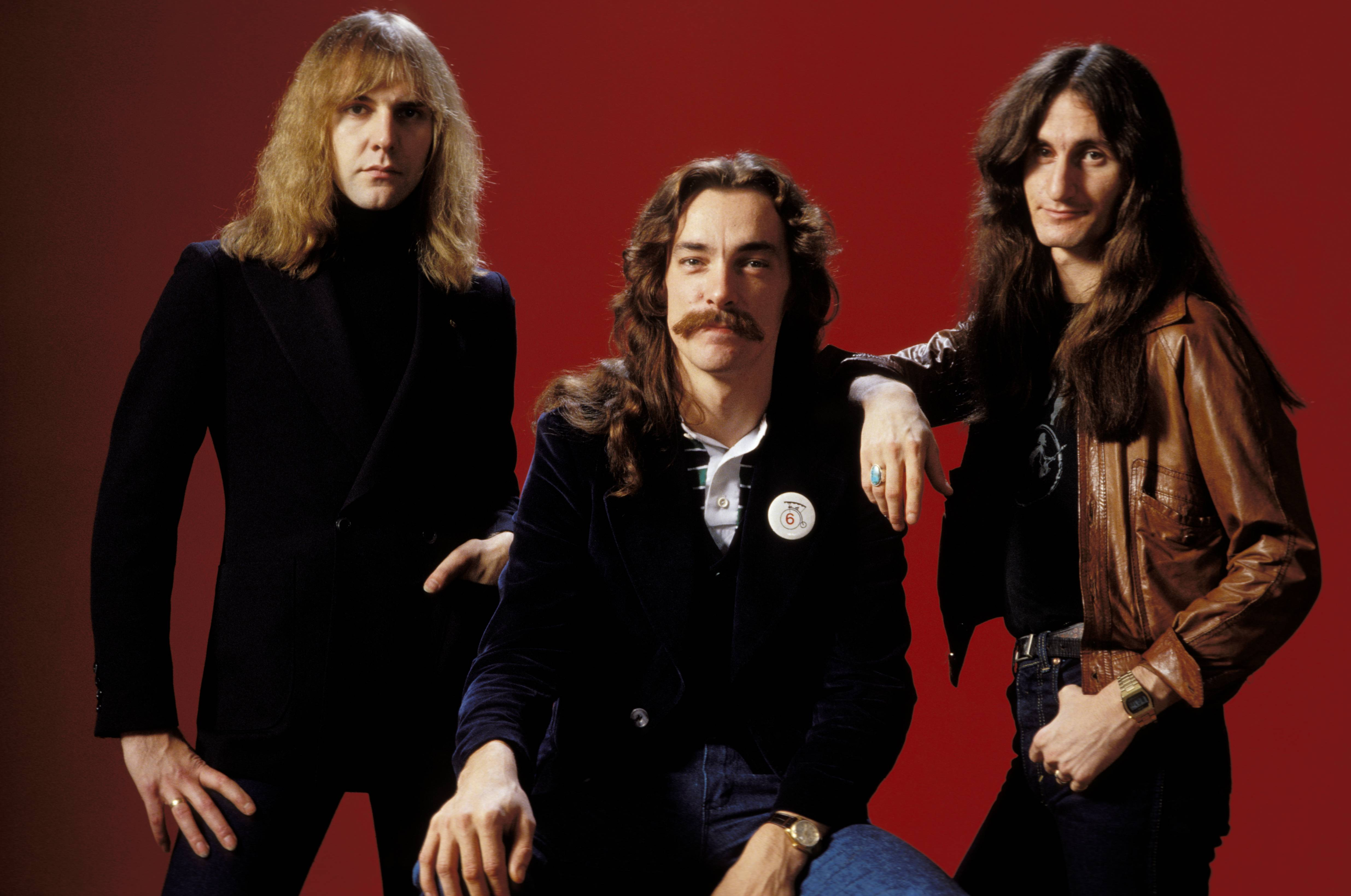 rush-geddy-lee-alex-lifeson-thank-fans-for-outpouring-of-love-following-neil-peart-death