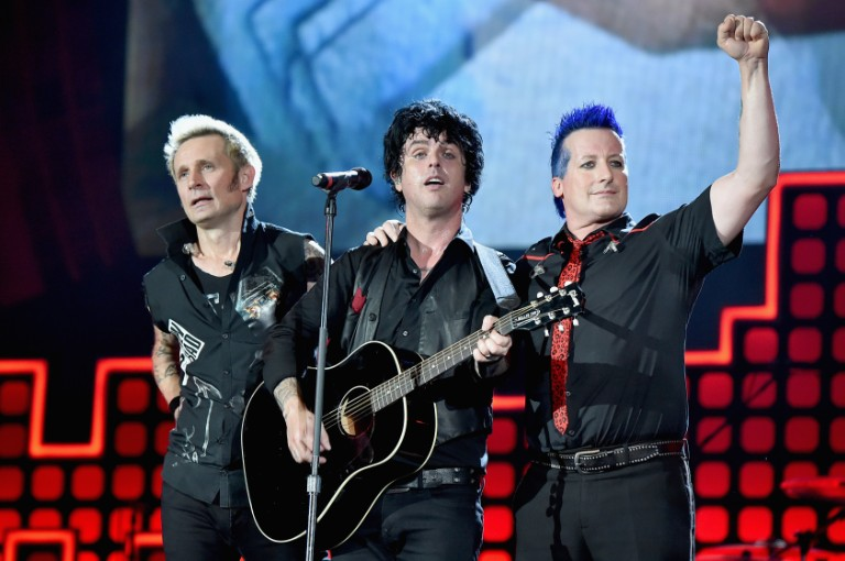 green-day-perform-basket-case-and-american-idiot-nhl-all-star-performance