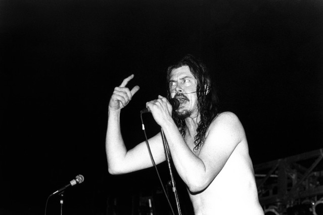 Photo of Gibby HAYNES and BUTTHOLE SURFERS
