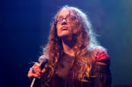 Fiona Apple Opens Up About Safe Mental Spaces, Befriending Exes and <em>Fetch the Bolt Cutters</em>