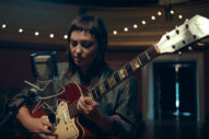 Angel Olsen Brings 'Whole New Mess' to <em>Tonight Show</em>